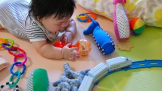 赤ちゃん遊び